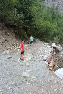 LOTS of switchback trails on this hike.