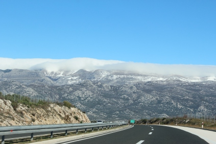 Driving to Plitvice from Split (change of 15 degrees in temperature driving through the one mountain).