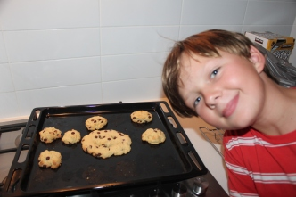 Jo made some cookies!! Homemade and no recipe. They were delish!